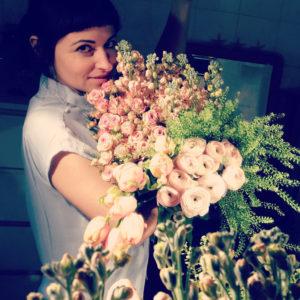 Veronica Grasso Autrice di Retroflora, Founder di Retroflora, Floral Designer and Flower Writer