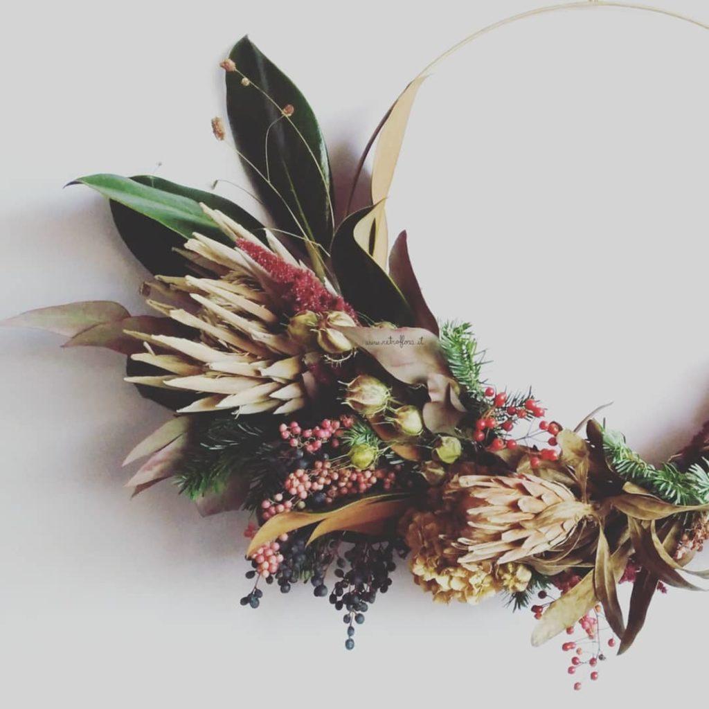 Fiori Di Ortensia Secchi ghirlanda di fiori secchi. l'importanza di fare ghirlande